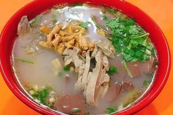 巧味居鸭血粉丝汤