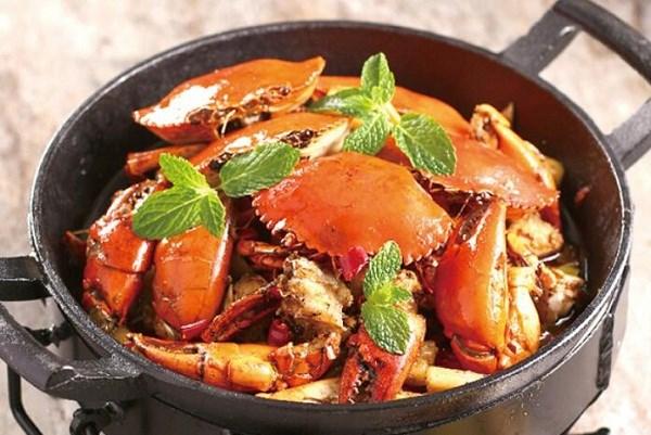一闻香肉蟹煲